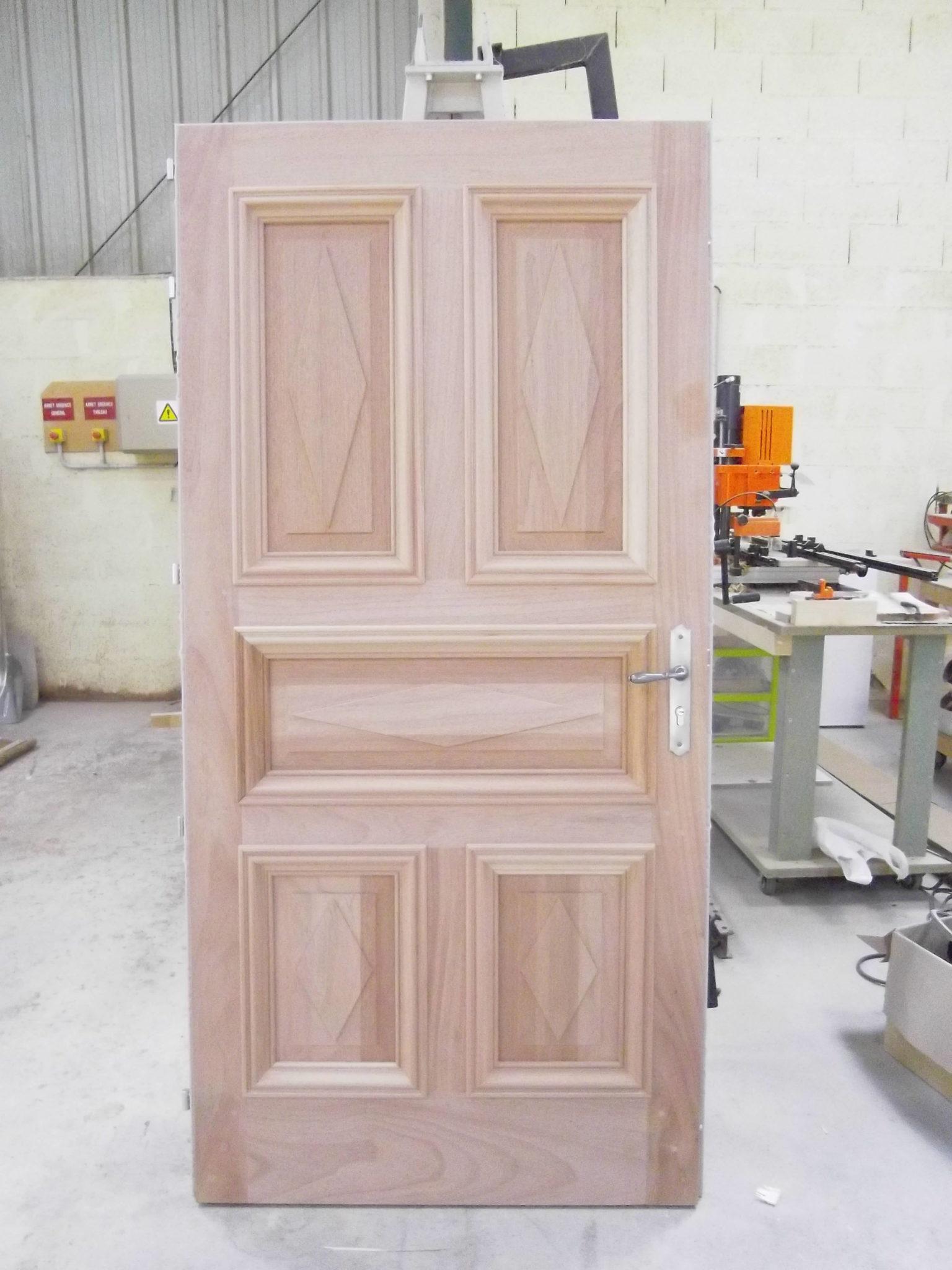 porte entrée exterieure bois